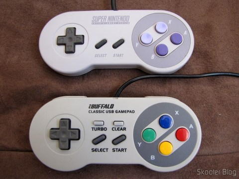 Comparing the Super Nintendo Gamepad (SNES) PC Buffalo (Nintendo Super Famicom SNES Gamepad for PC (PC) (BUFFALO)) with the original Super Nintendo Gamepad (SNES)SNES