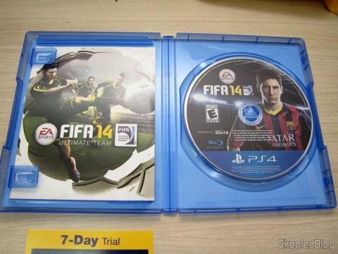 Manual e Mídia Blu-ray do Fifa 14 (PS4) (US)