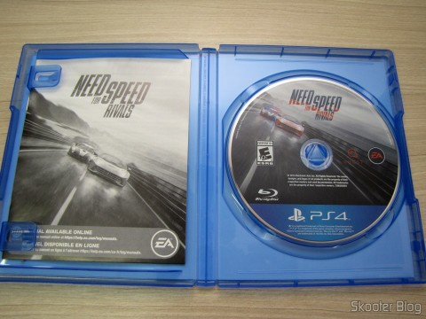 Manual e disco Blu-ray do Need For Speed Rivals (PS4) (US)