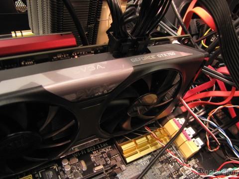 Placa de Vídeo EVGA GeForce GTX 760 SC 4GB DisplayPort HDMI DVI-I/DVI-D com Cooler ACX 04G-P4-2768-KR (EVGA GeForce GTX 760 SC 4GB DisplayPort HDMI DVI-I/DVI-D Graphics Card with ACX Cooler 04G-P4-2768-KR), instalada na nova placa-mãe