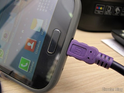 One of the Load Data Cables and USB male to Micro USB male Millionwell 01.0363 with 3 meters (Millionwell 01.0363 USB Male to Micro USB Male Data / Charging Cable - Purple (3m)) connected to my cell phone Samsung Galaxy Grand Duos