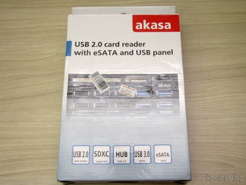 Panel Mutifuncional with Akasa 2 Portas USB 3.0, 3 USB Portas 2.0, eSATA, and Card Reader (Akasa Multifunction Panel 3-Port USB 3.0 + 2-Port USB 2.0 Hub + ESATA + Card Reader Combo - Grey), on its packaging