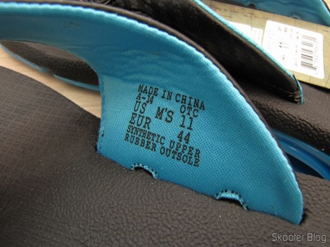 Detail of numbering and manufacture of slippers Pair Reef XS Male (Reef Men's X-S Flip Flop)