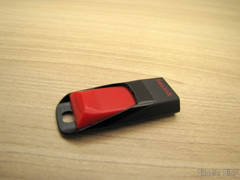 SanDisk Cruzer Edge 64 GB USB Flash Drive