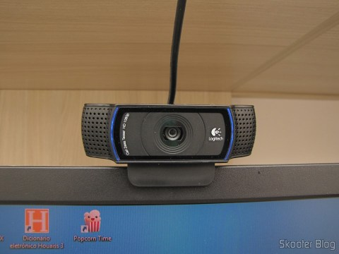 Logitech HD Pro Webcam C920, 1080p Widescreen Video Calling and Recording, em funcionamento