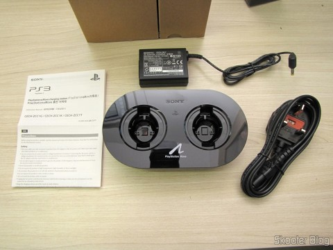 Playstation Move Charging Station and accessories