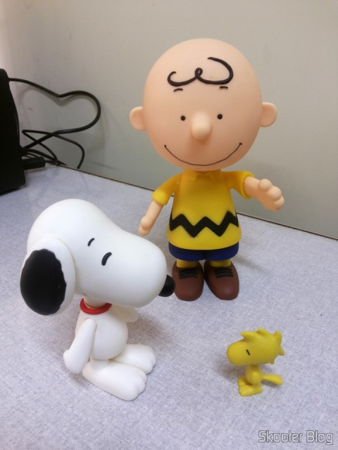 Charlie Brown - Action Figure, next to Snoopy and Woodstock