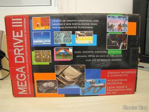 Parte traseira da caixa do Mega Drive III da Tec Toy