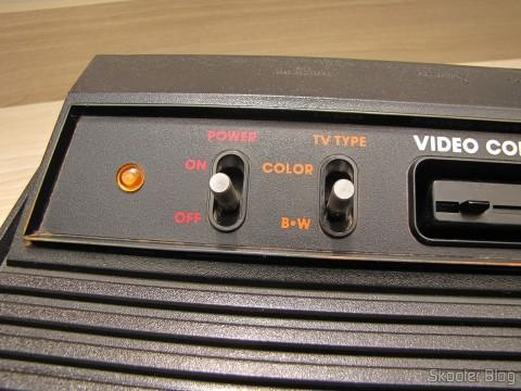 Atari VCS/2600 com S-Video, Vídeo Composto, Áudio Estéreo, e Pausa, após a limpeza