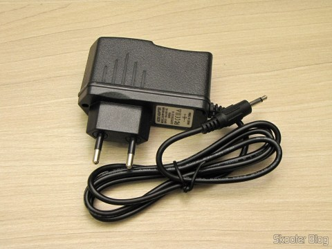 Fonte de Alimentação para Atari 2600 com plug no novo padrão brasileiro,