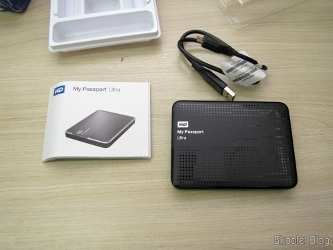 Disco Rígido (HD) Externo Western Digital (WD) My Passport Ultra 1TB Portátil Externo USB 3.0, com manual e cabo USB 3.0