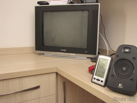 """Philips CRT TV 20"""" where the Mega Drive III was installed"""
