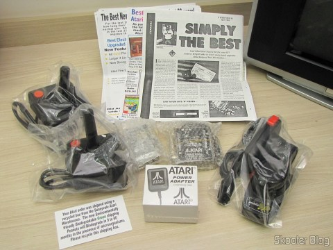 Os acessórios do Atari 2600, ainda lacrados