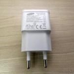 Carregador c/ Duas Saídas USB para iPhone, iPad, iPod, Samsung Galaxy Tab, etc.,