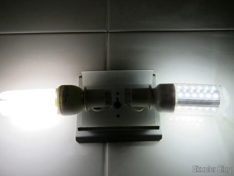 Lâmpada CFL 20W e Lâmpada LED XYT 10W SMD 42×5630 Branca 6500K 1000 lúmens E27 85~265V AC