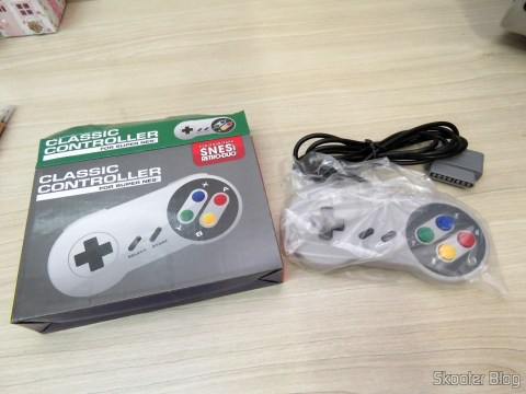 Wired Classic Controller for Super Nintendo SNES and Retro Duo TX-Tech and its packaging