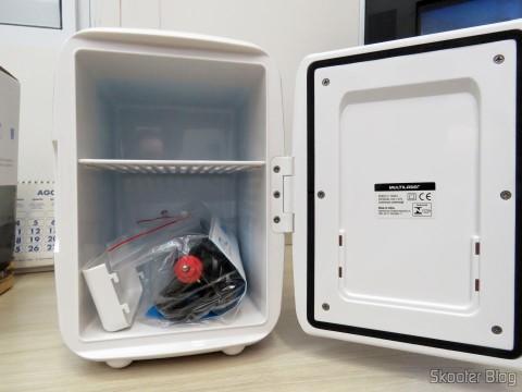 Mini Fridge Portable 12V or 110V with 4 Liter, Heats and Cools function - Multilaser