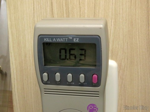 Using the Kill A Watt EZ Electricity Usage Monitor to test the consumption Mini Fridge Portable 12V or 110V with 4 Liter, Heats and Cools function - Multilaser