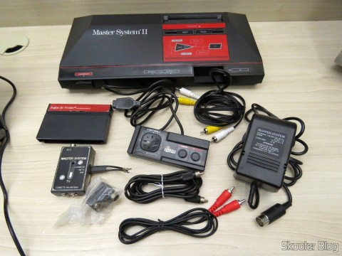 Master System II and its accessories