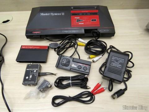 Master System II e seus acessórios