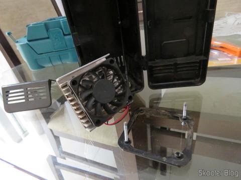 Making the Switch fans on USB Mini Fridge