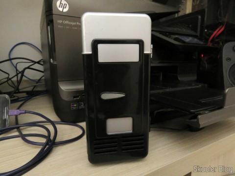 Mini Geladeira USB com o Jtron DC 5V / 0.15A Cooling Fan - Black já instalado e funcionando