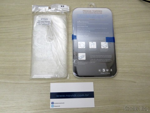Kit Capa TPU Ultra Fino + Película de Vidro Temperado Premium Glass para Motorola Moto X Play XT1563 - Color Transparent