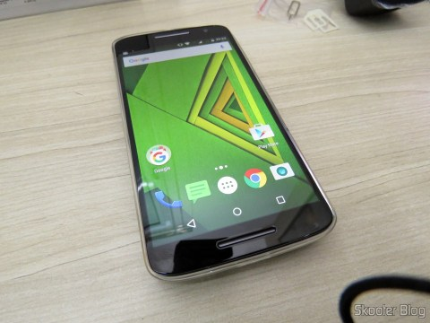 Motorola Moto X Play de 32GB, with cover