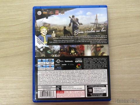 Capa traseira do Fallout 4 (PS4)