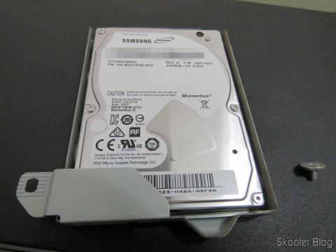 Gaveta de HD do Playstation 4 com o HD Samsung Spinpoint ST2000LM003 2TB