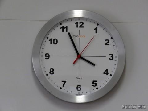 Relógio de Parede Ibraclock com a Máquina De Relógio Quartz 13mm Com Alça E Eixo - Uniart já instalada