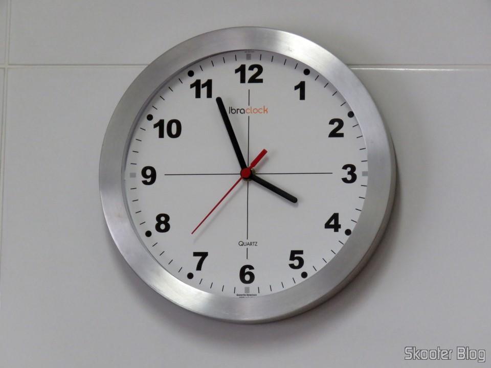 Máquina de Relógio Quartz 13mm Com Alça E Eixo - Uniart