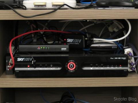 Módulo de TV Aberta Sky HDTV SIM25 (S-IM25-700), já instalado no SHR23