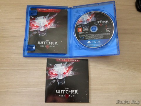 The Witcher 3: Wild Hunt (Playstation 4), com seus vários extras
