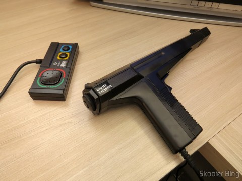 Joystick e Pistola Light Phaser do Master System II