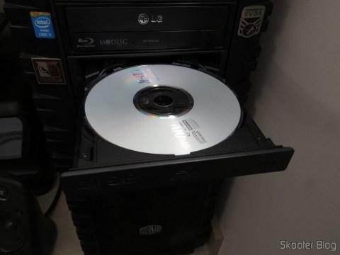 Gravador Blu-ray Pionner BDR 209-DBK instalado em meu PC