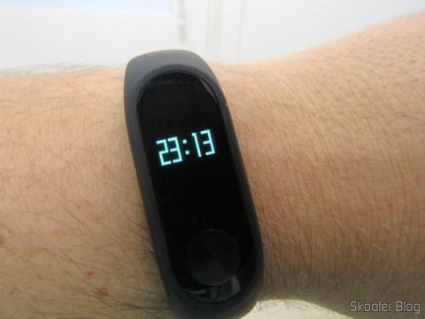 Smart Bracelet Xiaomi Mi Band 2 operation