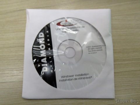 CD que acompanha a Diamond VC500 USB 2.0 One Touch VHS to DVD Video Capture Device com drivers e softwares