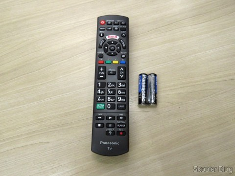 "Controle Remoto da Smart TV Panasonic Viera 40"" - TC-40DS600B"