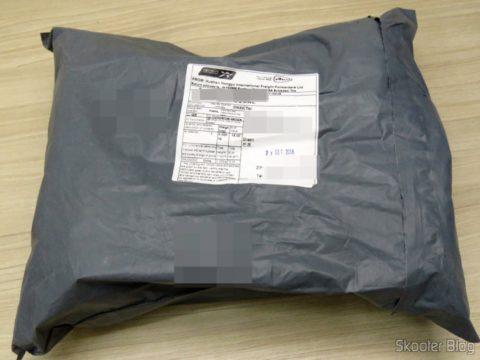 Package with the HDMI Extender Lenkeng LKV375 HDBaseT