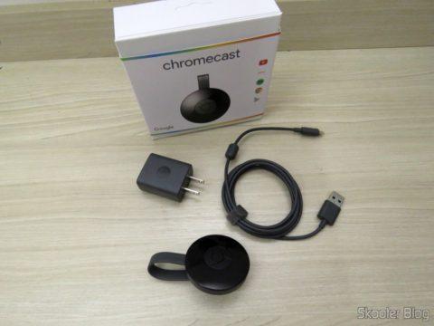Chromecast 2 e seus acessórios, fonte no padrão norte-americano