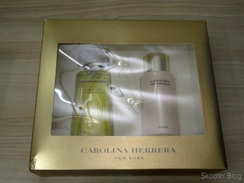 Carolina Herrera Gift Set - 3.4 oz EDP Spray + 6.7 oz Body Lotion (W)