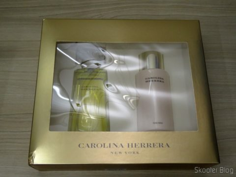 Carolina Herrera Gift Set - 3.4 oz EDP Spray + 6.7 oz Body Lotion (W)