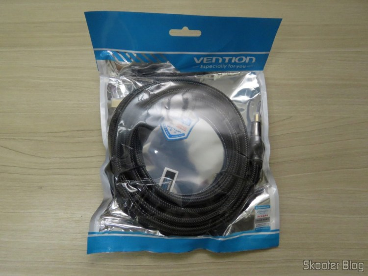 Cabo HDMI 2.0 4K 3D 60Hz Vention de 3 metros, em sua embalagem