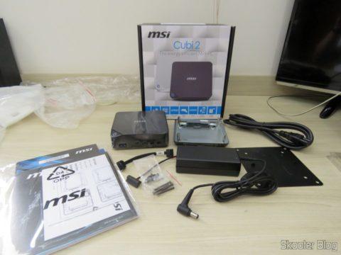 MSI Cubi 2 e seus acessórios
