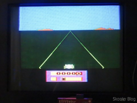 Colors of the Enduro on my Atari of Polivoks, model with built-in source and detachable joysticks, before the hue adjustment