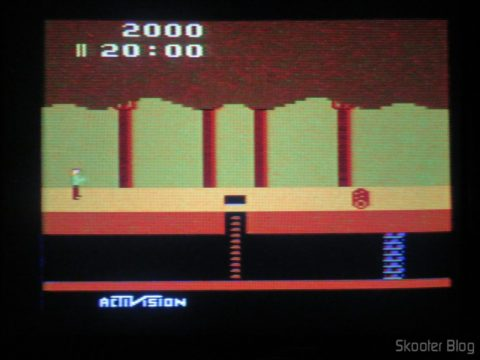 Pitfall no Atari 2600 da Polyvox c/ fonte externa
