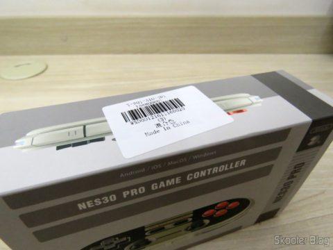 Caixa do 8Bitdo Crissaegrim NES30 PRO