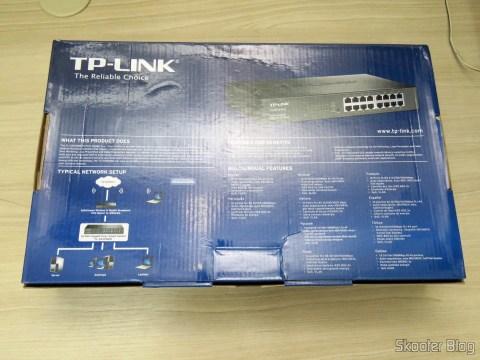 2º Easy Smart Gigabit Switch 16 Doors TP-Link TL-SG1016DE, on its packaging