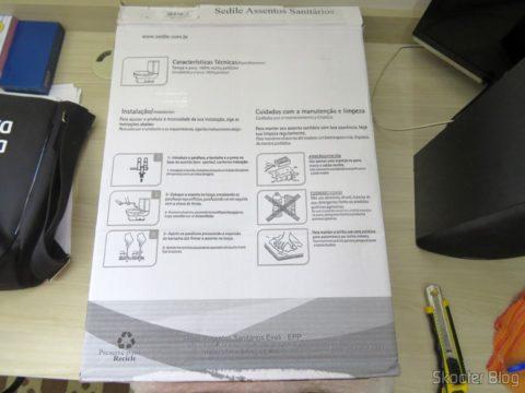 Assento Sanitário Poliéster para Louça Deca Ravena, da marca Sedile, em sua embalagem